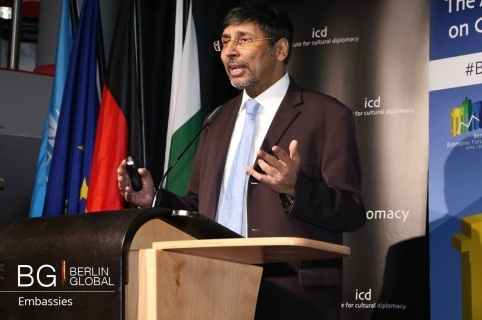 Jauhar Saleem (Ambassador of Pakistan to Germany) (BQ).jpg